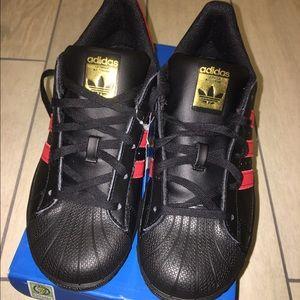 Adidas Shoes - NEW Adidas Originals Shelltoe Superstar