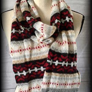 Izod Accessories - Pretty and soft scarf
