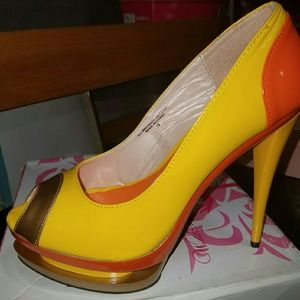 Shoes - Yellow and orange stilettos