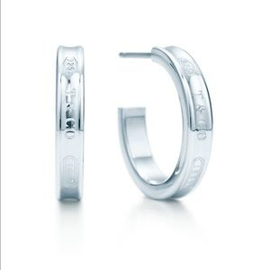 Tiffany & Co. Jewelry - 💥💯 % AUTHENTIC Tiffany & Co. Hoop Earrings