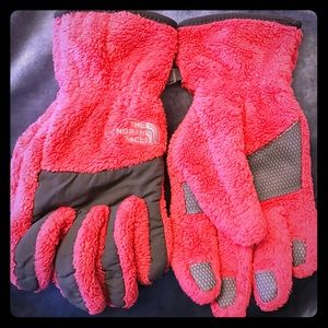 The North Face Accessories - The North Face gloves