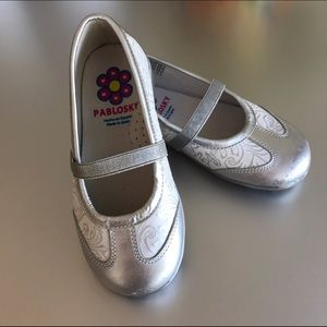 Pablosky Kids Other - Pablosky European Leather Flats