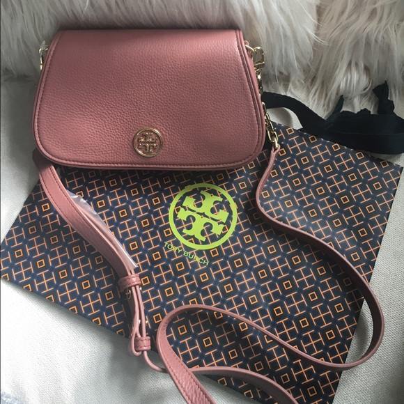 c04e2499f750 Tory Burch Landon Logo Crossbody