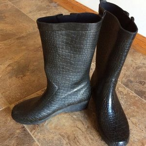 Capelli of New York Shoes - ❤❤BOOT SALE❤❤ Capelli black rubber boots