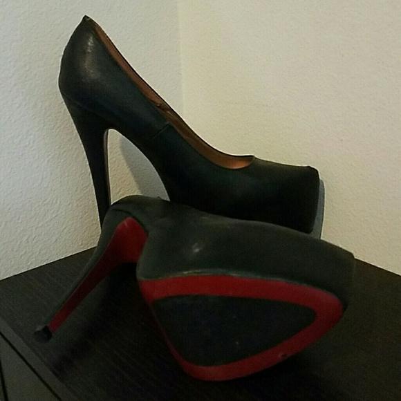 fb48922ba23e bebo Shoes - Bebo 6 inch heels