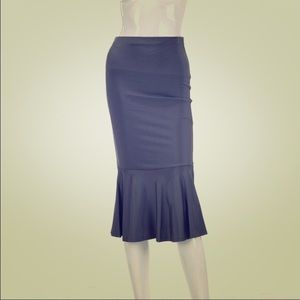 Auditions Dresses & Skirts - 💥SALE💥Charcoal Flared Midi Skirt