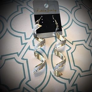 Gorgeous Swirl earrings gold with silver two tone