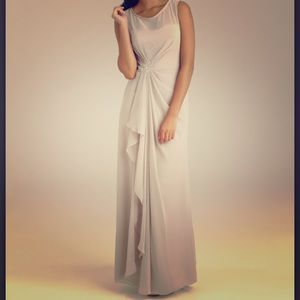 Allure Bridals Dresses & Skirts - NWT Allure style 1318