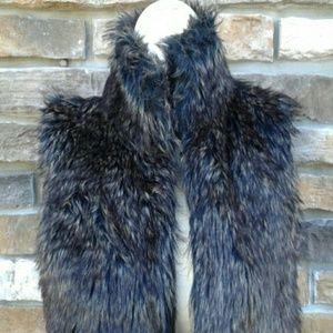 89th & Madison Jackets & Blazers - 89th & Madison Faux Fur Vest