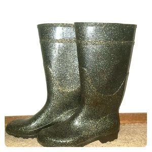 Shoes - *Sparkling, Gold Rain Boots!*