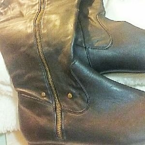 Shoes - Ladies faux leather over the knee boots size 8