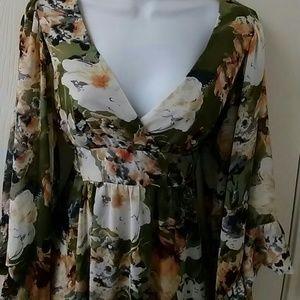 Betsey Johnson Dresses - Betsey Johnson  Floral boho bell sleeve mini Dress