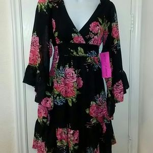 Betsey Johnson Dresses & Skirts - Betsey Johnson Rose Bambi Kimono Dress sz 2