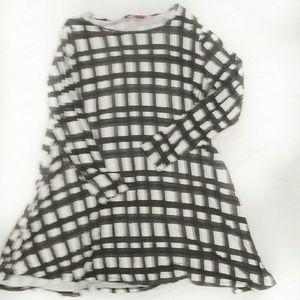 Boohoo Dresses & Skirts - BOOHOO White/Black Plaid Swing Dress