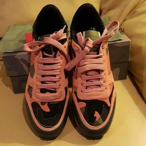 Valentino Garavani Shoes - Valentino Rockstud Leather Suede Sneaker