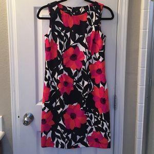BNWOT Gorgeous Floral Dress size 4