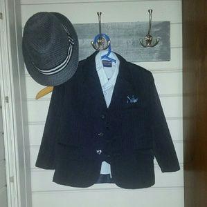 Arrow Other - Navy pinstripe 4 piece suit blazer Sz 4