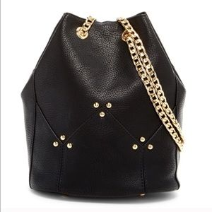 Bucket Bag w/Chain Link Shoulder Strap. Cute bag!