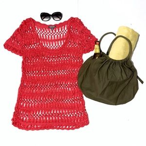 Roz & Ali Other - ⚡️HP!⚡️Coral Knit Beach Coverup w/ Copper Studs