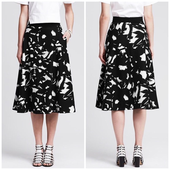 68% off Banana Republic Dresses & Skirts - Banana Republic Floral ...