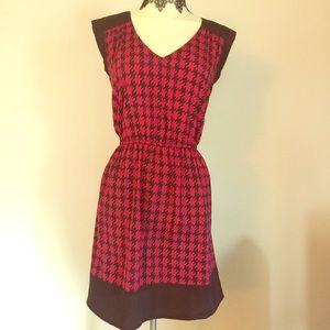 BeBop Dresses & Skirts - New Bebop Houndstooth Print Pink Mini Dress L Mod