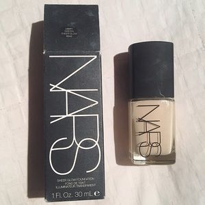 NARS Other - NARS sheer glow foundation