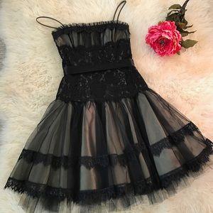 Jessica McClintock Dresses & Skirts - Jessica McClintock Lace Dress