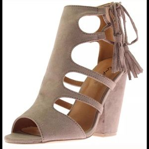 Qupid Shoes - Women's dress sandal Taupe NEW 💥Restocked💥 6 7