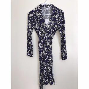Diane von Furstenberg Dresses & Skirts - NWT dvf wrap dress black / white