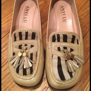 Anyi Lu Shoes - Anyi Lu Women's Flats - Size 37/6.5 - Hardly Worn