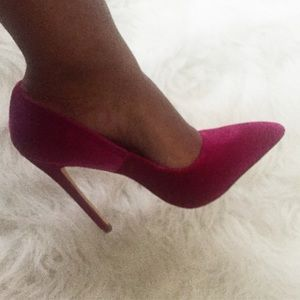 Liliana Shoes - Velvet purple pumps. New