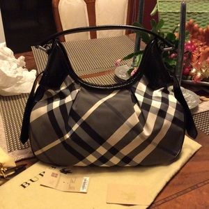 Burberry Handbags - Authentic SM Brooklyn STNNYLE Burberry Bag