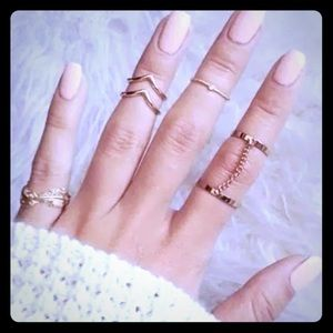 Jewelry - 6pcs Gold Tone Urban Knuckle & Midi Stacking Rings