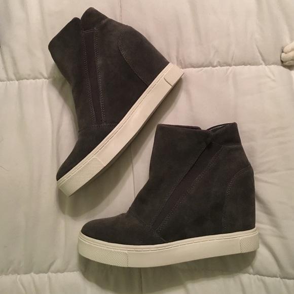 7eb38fb13c0 Steve Madden Lazaruss wedge sneaker boots 7.5. M 588a02e06802780e380021ce