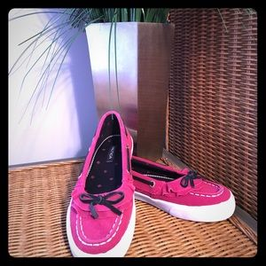 Nautica Other - HP🎉3/19🎉NEW Nautica Girls Suede Boat Shoes