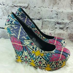 Steve Madden Shoes - Ikat print platform wedge heels