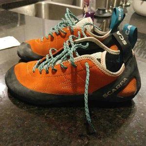 Scarpa Shoes - Scarpa Climbing Shoes