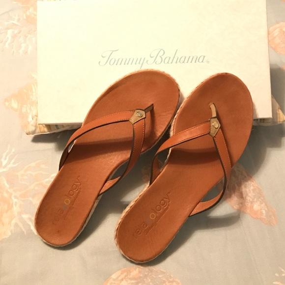 aaa88f043 Tommy Bahama woman s relaxology sandals sz 9. M 588a27aa4e8d17cc9b0329fb