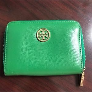 Tory Butch Kelly GReen Robinson Zip coin case