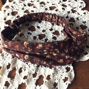 Forever 21 Accessories - 🌼Brown Floral Hippie Headband🌼