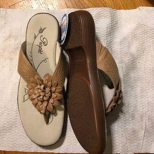 propet Shoes - Propet tan  flower Sandals sz 6