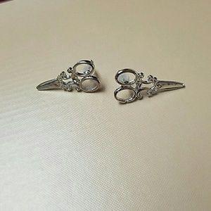 Jewelry - New Tibetan silver scissor earrings