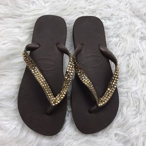 Havaianas Shoes - 💕SALE💕 Havaianas Brown Diamond Embellished