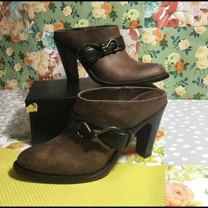 Cole Haan chic leather slip on booties sz 7.5