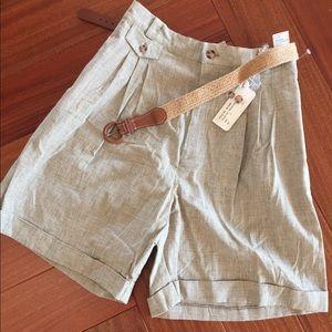 Adorable vintage plaid shorts