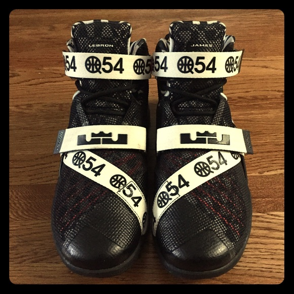 check out f9a44 485e6 Nike Lebron Soldier 9 Limited Edition Quai 54