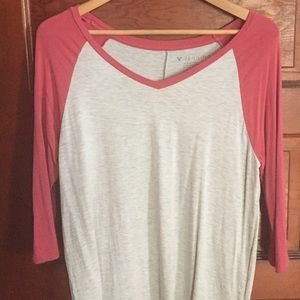 American Eagle Outfitters Tops - American Eagle Jegging Tee
