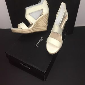 Kenneth Cole New!