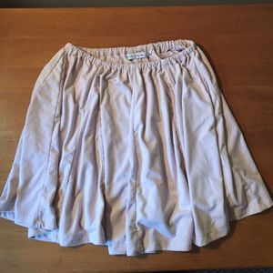Lucy Hale flowy skirt