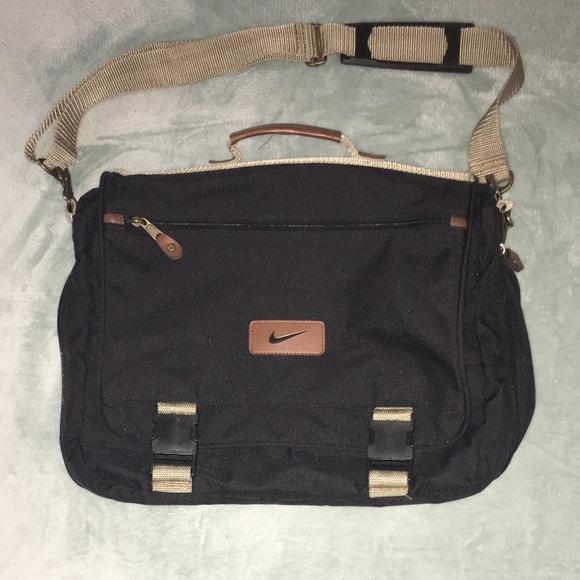 7b3e00fc104d Nike Messenger Bag Laptop Computer School